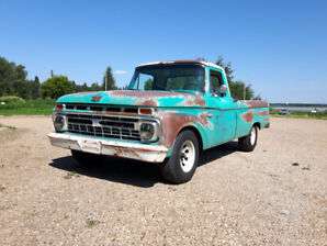 1966 Ford F100 with original patina
