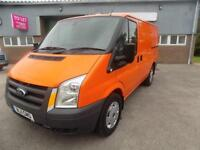 FORD TRANSIT 330 SWB LOW 2.4 RWD 100 BHP 6 SPEED 2011 11 HIGH SPEC IN ORANGE