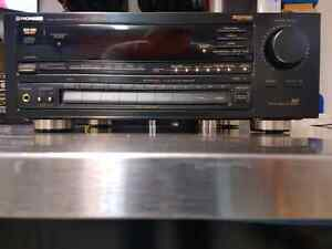 PIONEER VSX-D601  HOME THEATRE /STEREO RECEIVER FOR SALE