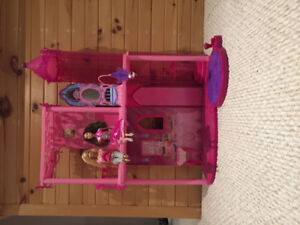 Barbie dream mansion ( some accessories included