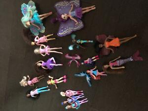 16 little dolls