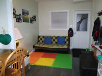 2 BR house for sublet at Alexander Ave. Available Immediately!