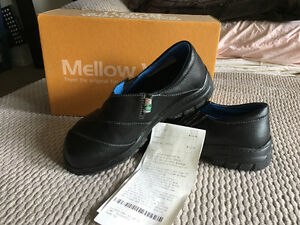 Mellowwalk safety shoes Brand New (green patch)