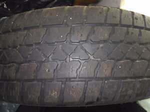 4 x Used 215/65R16 winters Artic Claw