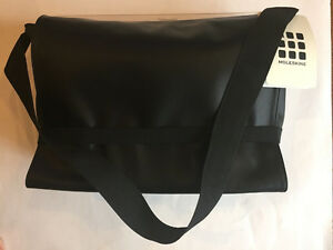 Moleskine Classic Messenger Bag - Black - New with tags West Island Greater Montréal image 1