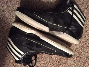 Adidas Crazy Light 9/10 condition worn twice 80$ OBO Edmonton Edmonton Area image 5