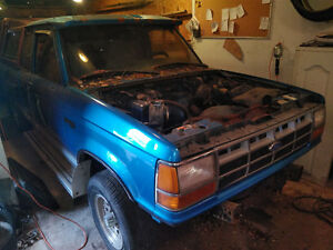 1983 -1992 Ford Ranger Ext Cab 5 Speed PARTS - Lots of Extras