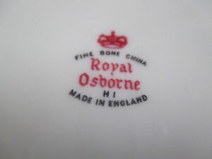 "Fine Bone China Royal Osborne HI Cake Plate & Server Dia.11-1/4"" Stratford Kitchener Area image 4"