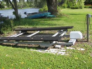 Pontoon Boat Rail System