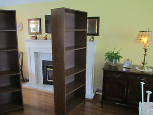 5 SHELF SHELVING UNIT/BOOKCASE