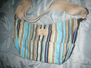 Roots purse - never been used Kawartha Lakes Peterborough Area image 2