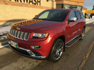 2015 Jeep Grand Cherokee Summit ecoDiesel  LOW KMS & LOADED