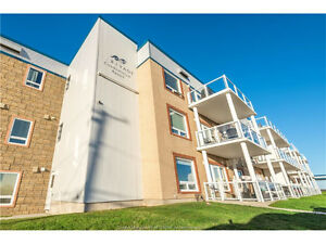 Incredible CONDO LOCATION pristine Cap Bimet