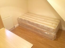 NEWLY FURNISHED SINGLE ROOM IN DALSTON (ZONE2)NEXT TO 2 STATIONS-ALL BILLS INCLUDED! Be quick