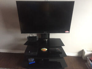 "42"" 1080p TV & Mount/Stand"