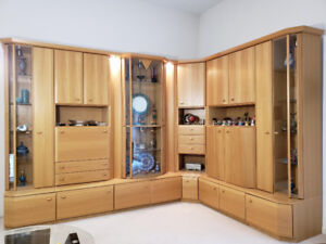 Wall Unit (Display Cabinet)