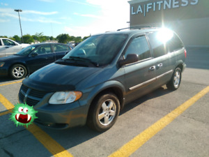 2006 Dodge Caravan SXT. GREAT ON GAS