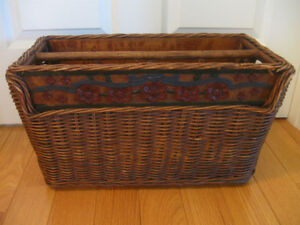 UNUSUAL OLD ANTIQUE COARSELY-WOVEN WICKER MAGAZINE CADDY