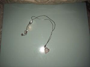 Beautiful Swarovski heart necklace