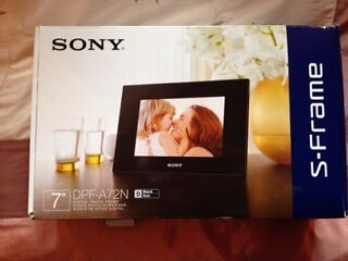 Sony s-frame, digital photo frame-never been used