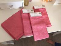 Brand New Zara Home napkins x6 and matching table runner