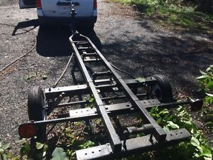 Boat trailer for 14 to 16ft boat 500$
