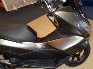 2015 150cc gas scooter 800 kms.     recycledgear.ca Kawartha Lakes Peterborough Area image 6