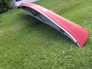 14' Red fiberglass aluminum gunnel canoe - good condition