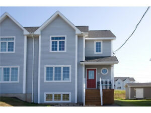 37 RUBY WAY, MONCTON - STUNNING SEMI IN MONCTON NORTH