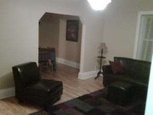 3 bedroom House Available Oct 1st