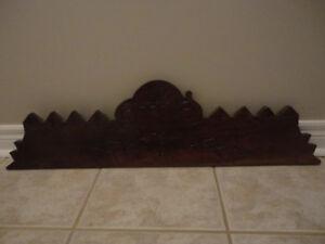 Antique wood decorative pieces