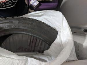 Michelin Pilot Alpin PA4 Winter Tires Pneus hiver 235 / 40R19
