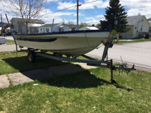 For sale boat and trailer