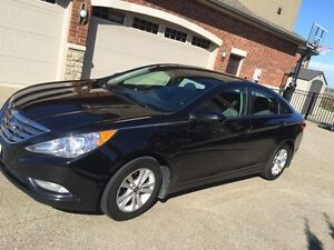 2012 Sonata for Sale.  Clean
