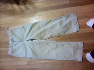 Size 7 slim Gap pants like new