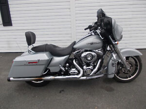 ♠2010 Harley Davidson Street Glide One Owner Sharp Bike
