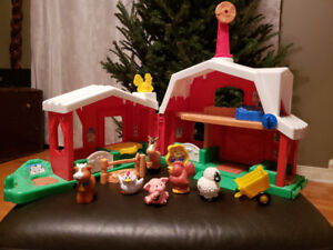 Fisher Price Little People Farm with sounds and launch bed EUC