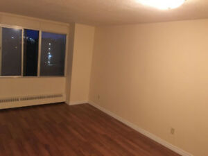 One Bedroom-South End (December FREE rent)
