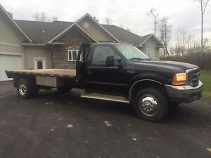 1999 Ford F-550 V10 14ft Deck