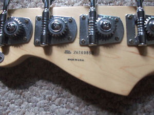 2007 FENDER P-BASS HWY 1 *MADE IN USA* London Ontario image 8