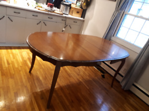 Dining room table solid wood antique