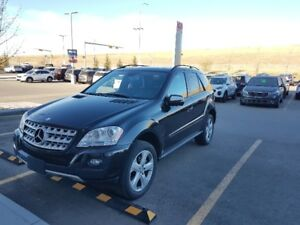 2009 Mercedes Benz ML350 Gas LOW KMS