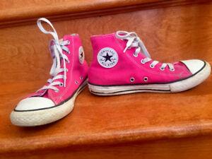 Size 3 Hot Pink Youth Converse Chuck Taylors