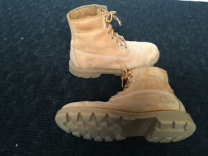 TIMBERLAND BOOTS - SIZE 8.5 - ONLY $49.00!! COST $225.00!!