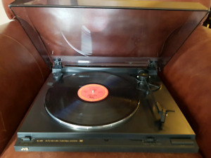 JVC Stereo Turntable Record Player