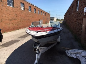 1987 Rinker v180 18 ft 140 hp comes with everything