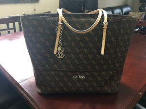 Large Guess purse