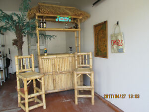 TIKI BAR SET- INDOOR / OUTDOOR
