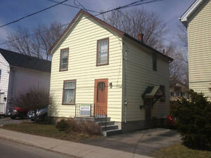 Nicely kept 2 storey home in the heart of downtown Kingston