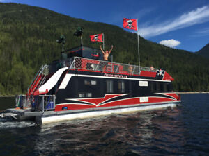 (BELOW COST) Discover Houseboat Adventures on Shuswap Lake